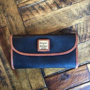Dooney & Bourke Large Wallet